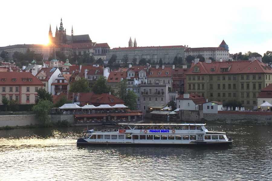 PRAGUE 2018 – NO 16